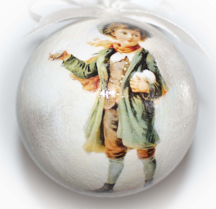 подарочный набор елочных шаров
