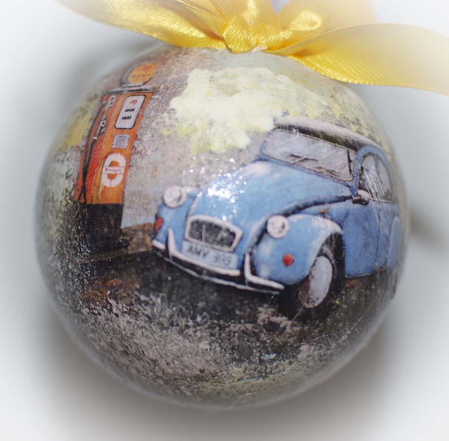 подарочный набор новогодних шаров