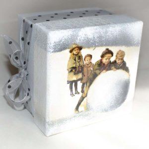 подарки в коробках стильно