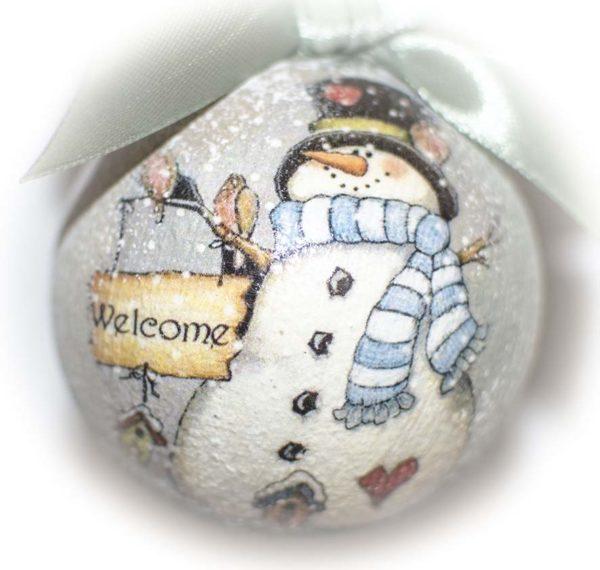 елочный шар снеговик