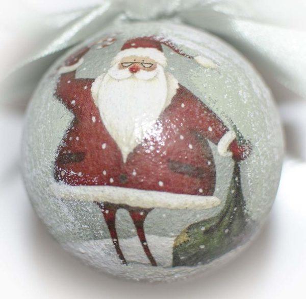 елочный шар дед мороз с мешком подарков
